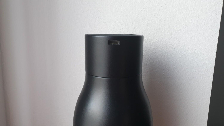 TEST - LARQ Bottle : Le connecteur micro usb