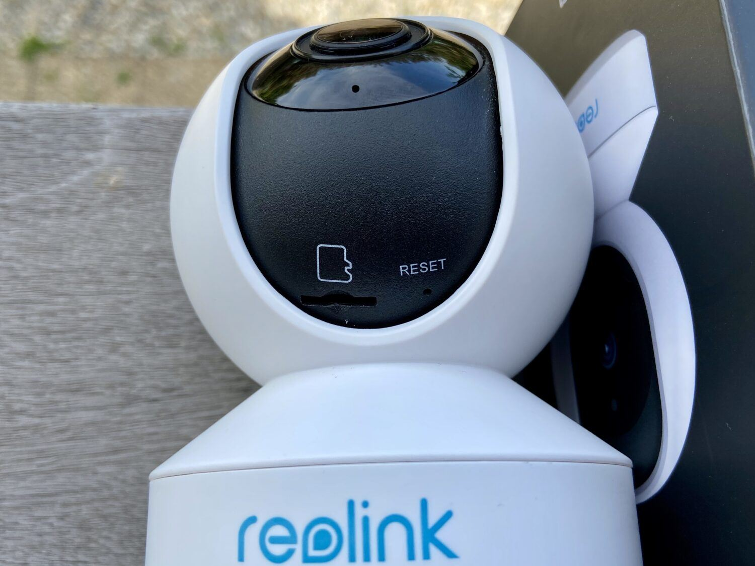 Reolink E1 camera surveillance carte SD
