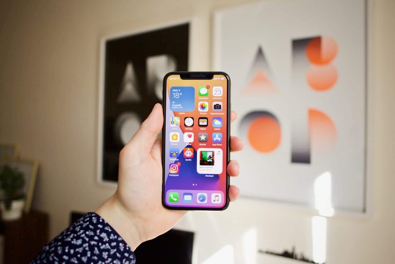 Application iOS Spotify Tinder Waze en panne facebook