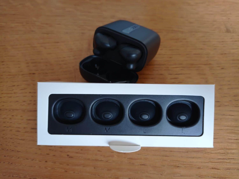 Oppo Enco Free écouteurs accessoires tailles différentes
