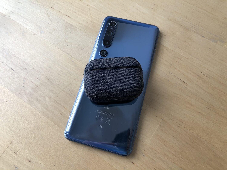 Xiaomi Mi 10 charge inversée Airpods