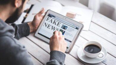Photo de Facebook attaque les Fake News des groupes politiques