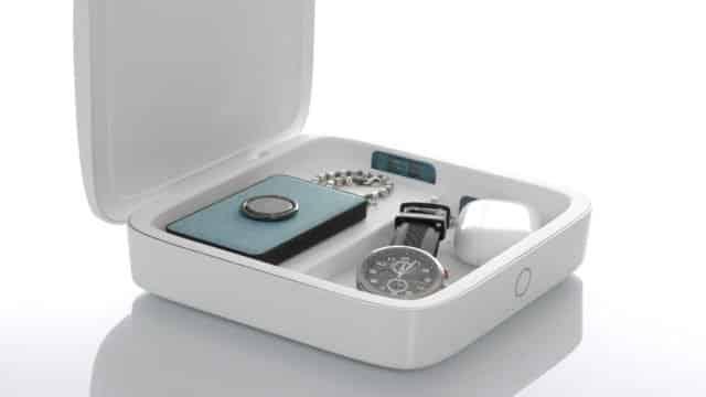 Le boîtier chargeur de smartphones & désinfectant d'objets d'Einova