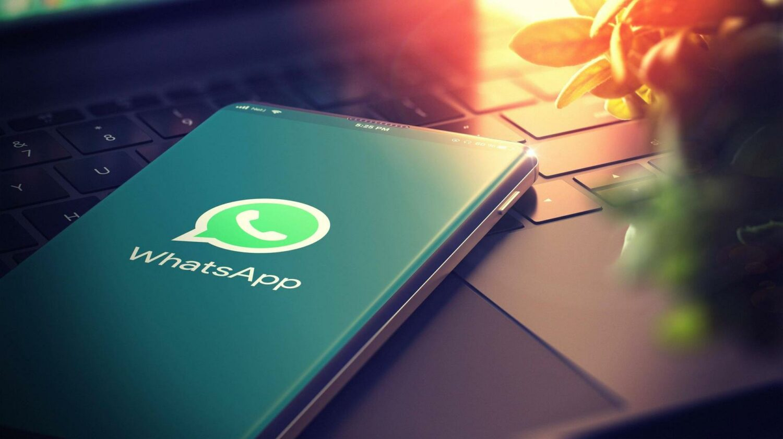 Des-messages-ephemeres-de-7-jours-a-24h-et-des-audios-acceleres-LCDG-WhatsApp