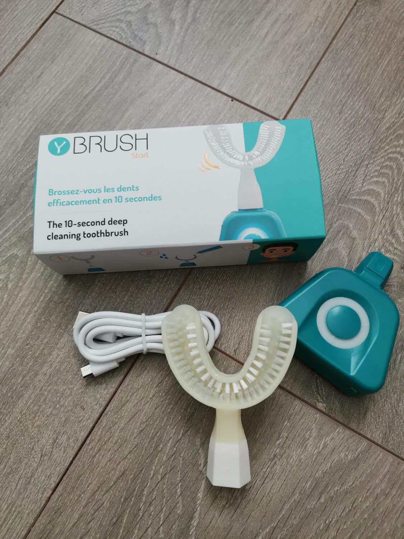 Y-Brush packaging