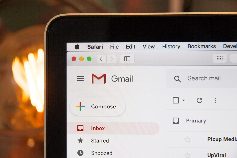 strrat-nouveau-malware-boites-mail