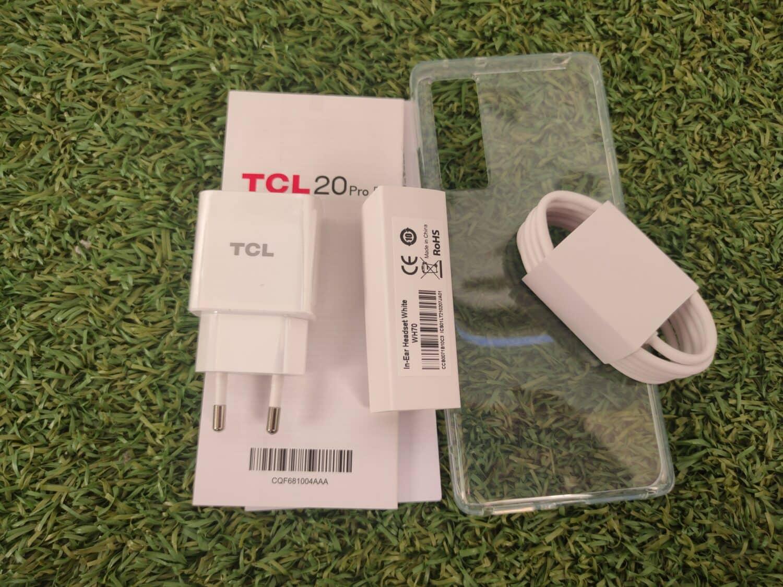 TCL 20 Pro 5G unboxing