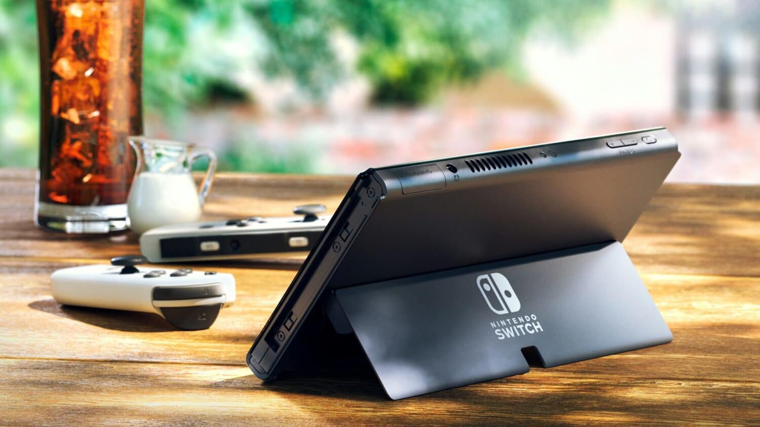 nintendo-switch-oled-bequille