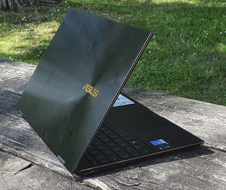 Dos du Asus Zenbook flip 13